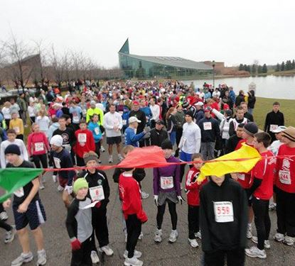 Turkey Trot Runners at the starting line of the Race